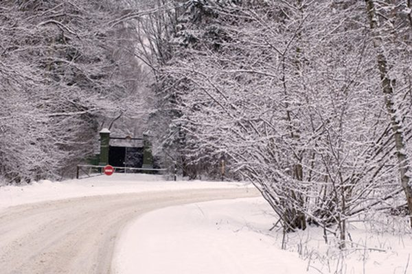 Как работает передний привод на снегу?
