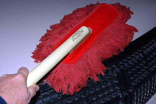 Как сохранить краску вашего автомобиля без пыли