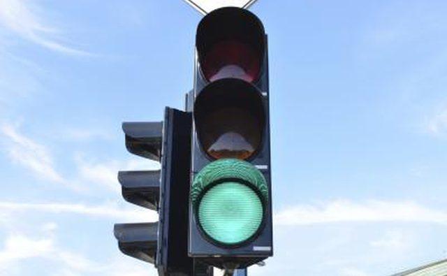 Агрессивные водители будут испытывать больший износ тормозов.