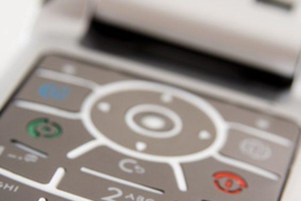 Недостатки сотовых телефонов за рулем