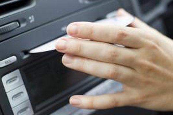 Как добавить дополнительное подключение к заводскому радио Nissan Versa