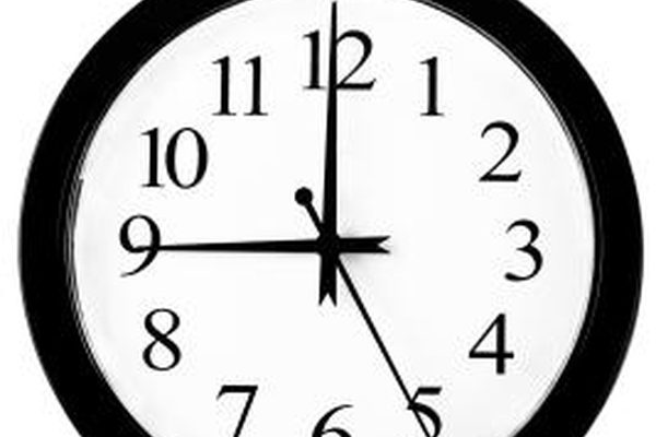 Как установить часы на мазде 5