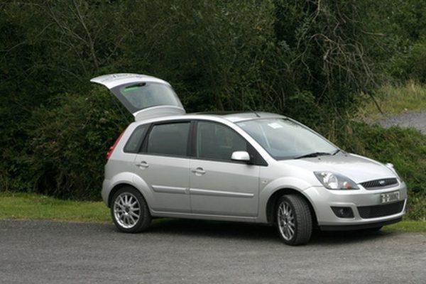 Лучший способ очистить топливные форсунки на Ford