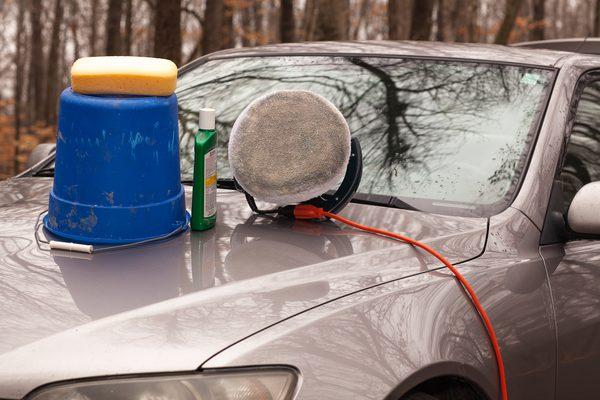 Как восстановить выцветшую автомобильную краску