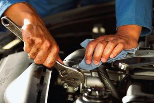 Как заменить опоры двигателя на Chevy Cavalier 1999 года