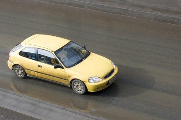 Как заменить мотор вентилятора в Honda Accord 1992 года