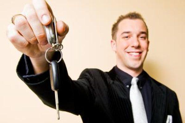 Как запрограммировать пульт для входа без ключа на Dodge Stratus CO