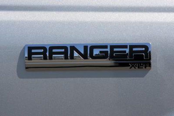 Как заменить тормоза на Ford Ranger 2000 года