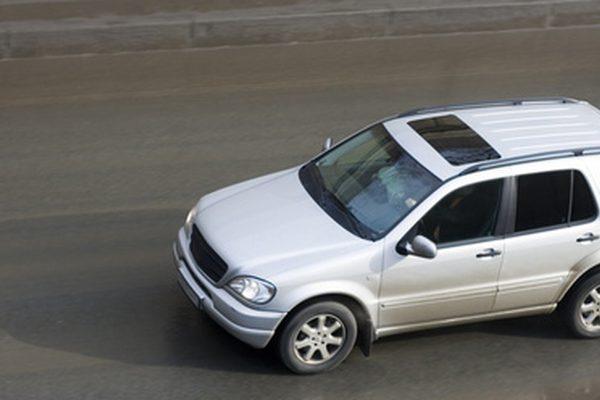 Поиск и устранение неисправностей Mercedes Benz с включенным стоп-сигналом