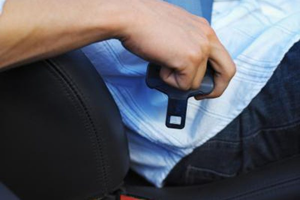 Когда ремни безопасности стали обязательными?