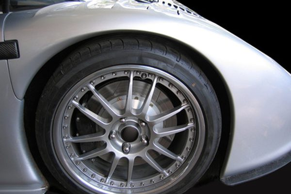 Porsche Yellow Brakes Vs. Красные тормоза
