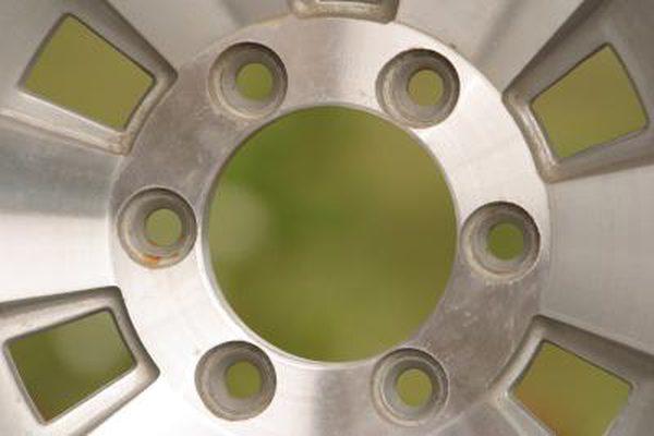 Как удалить коррозию с хромированных колес
