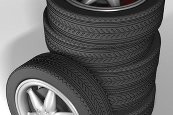 Могу ли я поставить маленькие шины на мой автомобиль?