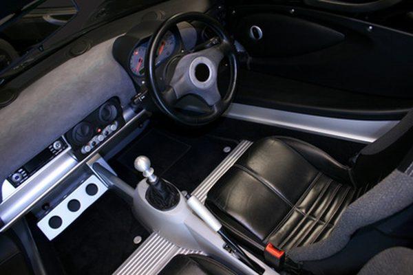 Как перезагрузить навигационную систему Mercedes SL