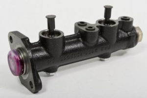 glavnyy-tormoznoy-cilindr