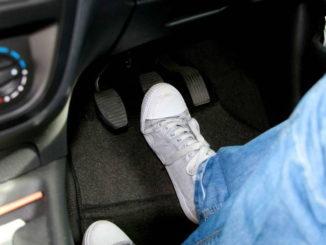 pedal-tormoza