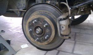 rjavchina-na-tormoznom-diske