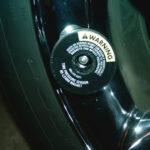 2004-2008 Chrysler Crossfire Замена батареи