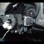 Как заменить подушку безопасности водителя и руль на Nissan Quest