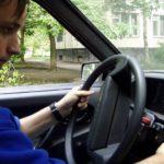 Как запустить Audi с разряженным аккумулятором?
