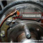 Как поменять задние тормозные колодки на шеви камаро