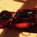 Как поменять задний фонарь на Toyota Camry