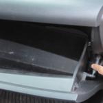 Как снять перчаточный ящик на Camry 2001 года