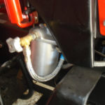 Как снять топливный фильтр трактора Kubota
