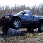 Как установить динамики на Dodge Dakota 2002 года