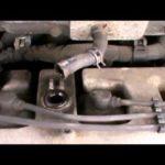 Как заменить клапан PCV в Toyota Camry