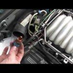 Каково расположение датчика температуры охлаждающей жидкости на двигателе Toyota Tacoma 3RZ?