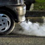 Что плохого в вашем автомобиле, если из вашего глушителя выходит белый дым и вода?