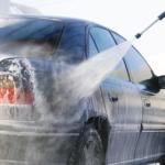 Как мыть черный автомобиль, не царапая его