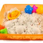 Как намочить песок пластик
