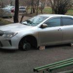 Как оставить машину на углу