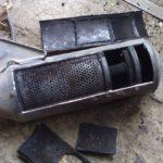 Как почистить внутреннюю часть выхлопной трубы