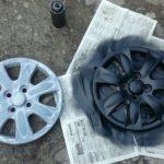 Как покрасить пластиковые колпаки