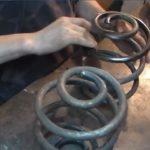 Как покрасить спиральные пружины