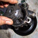 Как поменять насос гидроусилителя руля Windstar 2000