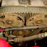 Как поменять ремень ГРМ на Ford Escort 1999 года