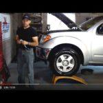 Как поменять салонный фильтр на Nissan D40 Navara