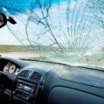 Как предотвратить распространение трещин на лобовом стекле
