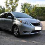 Как преобразовать Toyota Sienna из 7 в 8 пассажиров