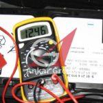 Как проверить 12-вольтовые батареи на дизельном грузовике