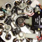 Как проверить генератор на перезарядку