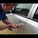 Как разблокировать Гран-при Pontiac 2003 года без ключа
