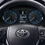 Как сбросить свет обслуживания в Toyota Corolla
