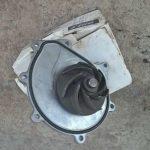 Как снять дизельный водяной насос на 6,5 л