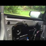 Как снять дверную панель на Nissan Altima