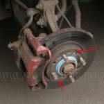 Как снять тормозной диск на 3500 Chevrolet Truck
